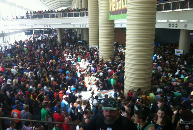 megacon-crowd-032214